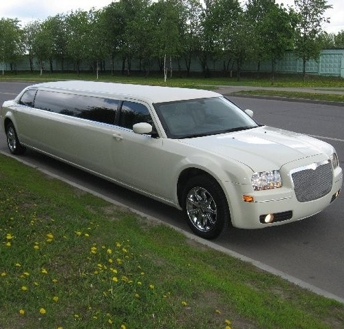 Лимузин Chrysler 300